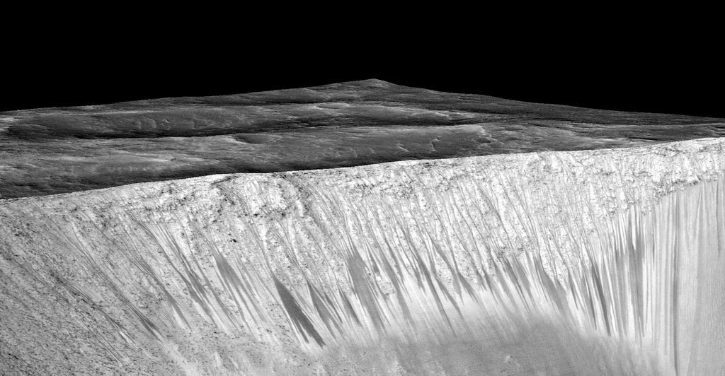 mars-lineae-slopes-garni-crater-perspective6-PIA19917-br2